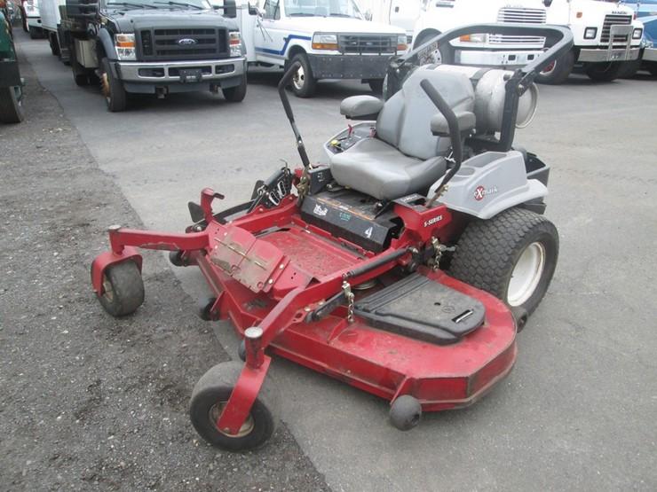 Exmark S-Series Lazer Z Zero Turn Mower - Lot #881, Public Equipment