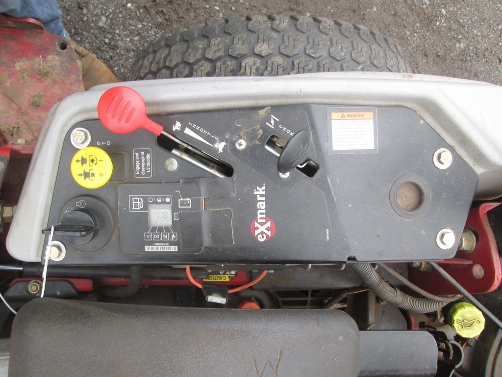 Exmark E-Series Lazer Z Zero Turn Mower - Lot #888, Public