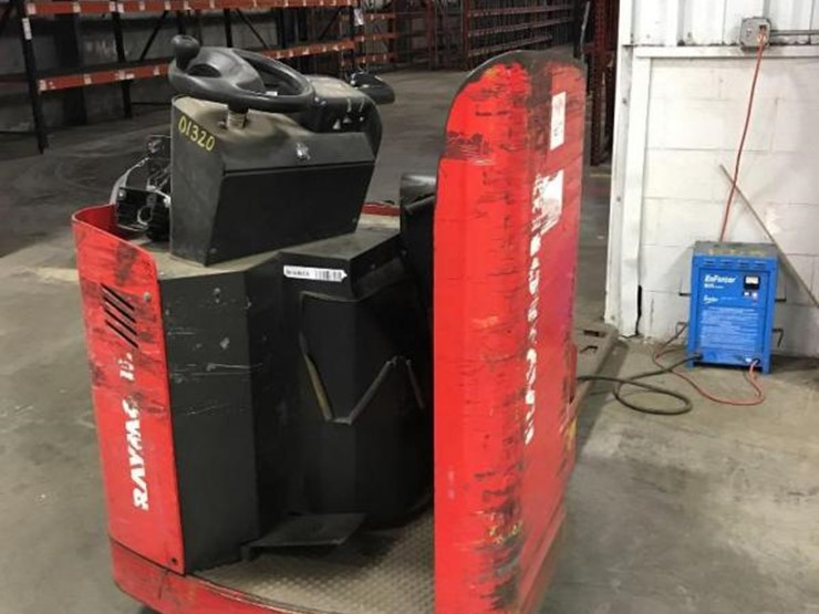 RAYMOND 8900 ELECTRIC WALK BEHIND PALLET TRUCK FORKLIFT - Lot #28
