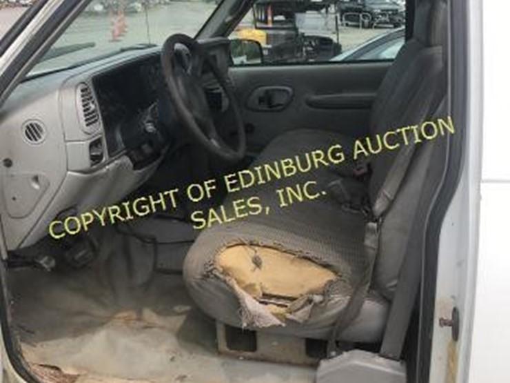 2000 Chevrolet K2500 - Lot #1134, JUNE 15TH 2019 PUBLIC