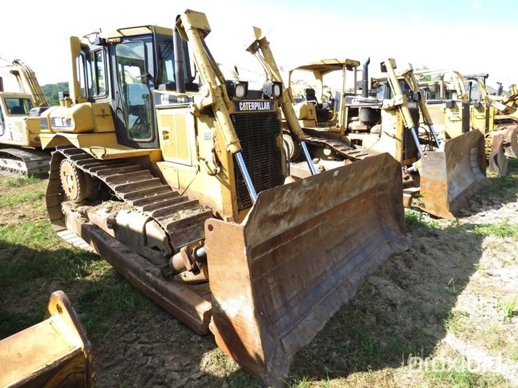 2001 Caterpillar D6R XL - Lot #938, Absolute Auction -- G W  Wyatt