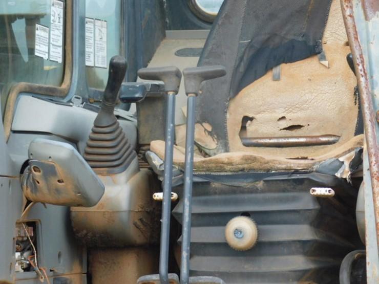 Komatsu PC200 LC - Lot #12523, JUNE FARM & CONSTRUCTION MACHINERY