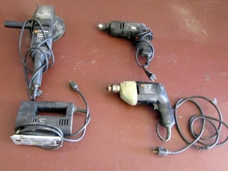 G-1025 Black & Decker Power Tools - Lot #, 2019 July Farm
