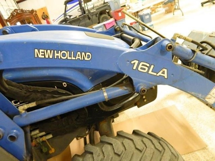 New Holland TC45 - Lot #1004, Ag Equipment & Tool Auction, 7