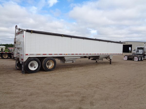 2009 Wilson Grain Trailer (PZ2577, Unit 397) - Lot #562